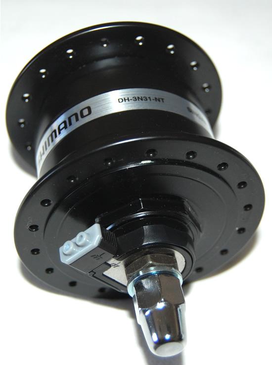 Nabendynamo Shimano DH-3D32-QR,Schwarz,6-Loch,36Loch 6V-3W,für Schnellspanner